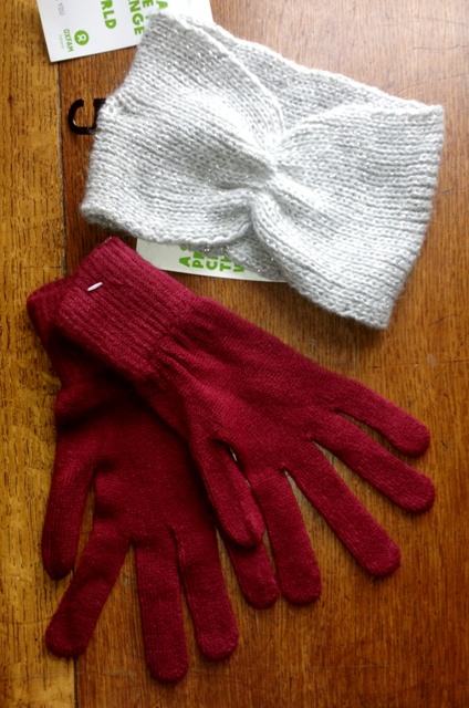 Cashmere Gloves & Head wrap for those cold winter days that are headed my way.